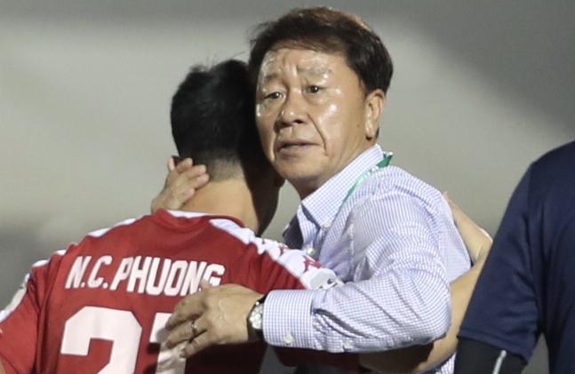HLV Chung Hae-soung nhiều khả năng tái ngộ Công Phượng và đồng đội. Ảnh: Đức Đồng.