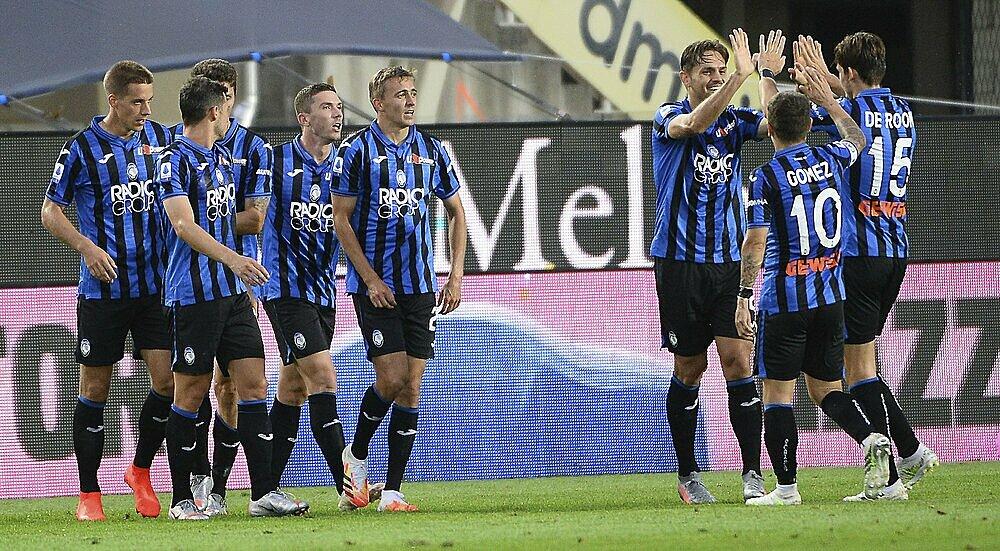 Sở hữu hàng công mạnh, nhưng Atalanta cũng là đội thủng lưới nhiều nhất trong tám đội góp mặt ở tứ kết. Ảnh: AP.