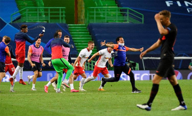 Niềm vui của Leipzig là nỗi buồn của Atletico. Ảnh: Reuters.
