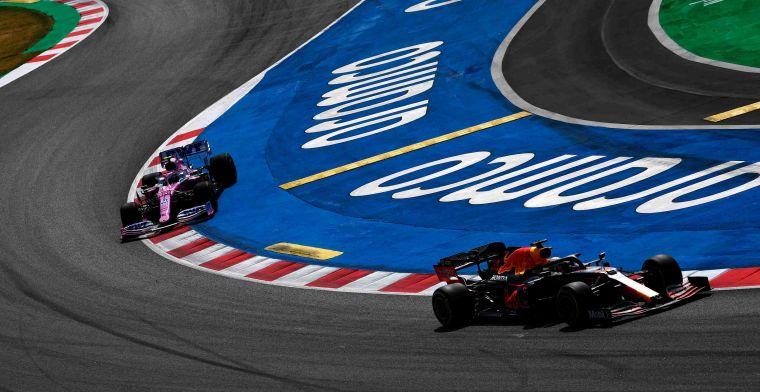 Verstappen (phải) chớp thời cơ để vươn lên thứ nhì, nhưng chưa thể lật đổ Hamilton tại Catalunya. Ảnh: AP.