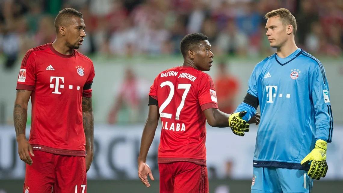 Boateng, Alaba và Neuer - những chiến binh sót lại từ khi Bayern đoạt cú ăn ba năm 2013. Ảnh: imago.