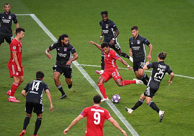 Gnabry độc diễn, mở tỷ số trong trận gặp Lyon tối 19/8. Ảnh: UEFA.