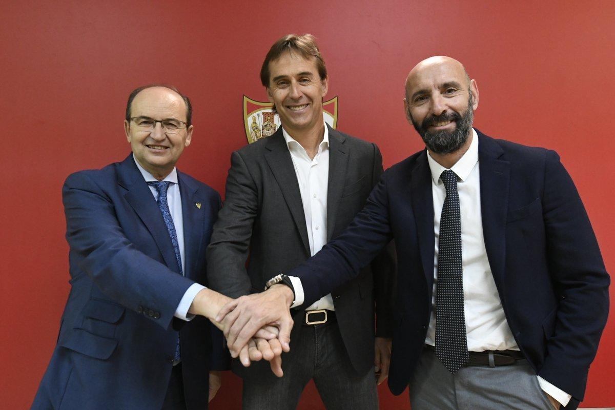 Giám đốc Thể thao Monchi (phải), Chủ tịch Castro (trái) và HLV Lopetegui trong lễ ra mắt nhà cầm quân người Tây Ban Nha hôm 5/6/2019. Ảnh: El Desmarque