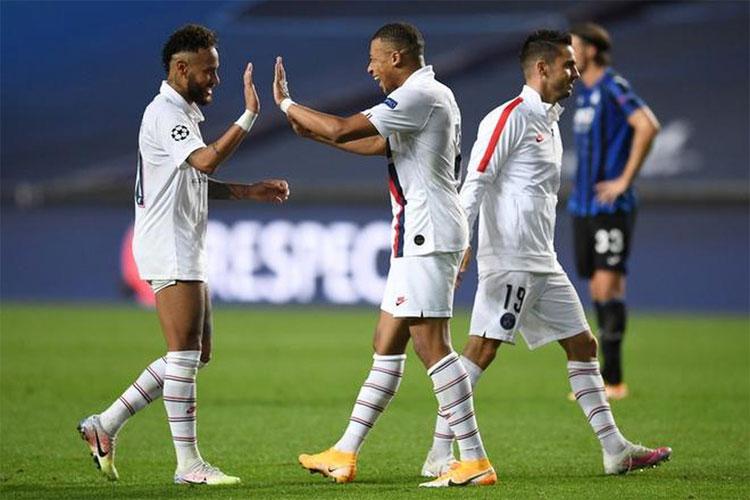 Neymar và Mbappe thể hiện phong độ cao ở những trận đấu loại trực tiếp Champions League mùa này. Ảnh: Reuters.