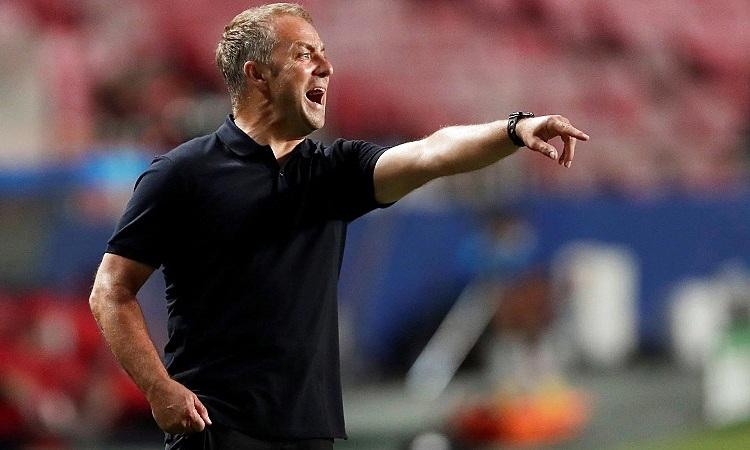 Hans-Dieter Flick cho rằng Bayern cần tổ chức lại hàng thủ để đương đầu PSG. Ảnh: Reuters.