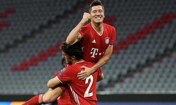 Lewandowski đang dẫn đầu danh sách vua phá lưới Champions League, với 15 bàn. Ảnh: Shutterstock.