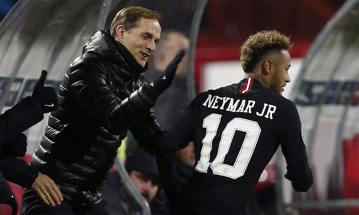 Tuchel thành công nhờ biết dung hoà cái tôi, tính nghệ sỹ của Neymar vào tổng hoà lối chơi của PSG. Ảnh: AP