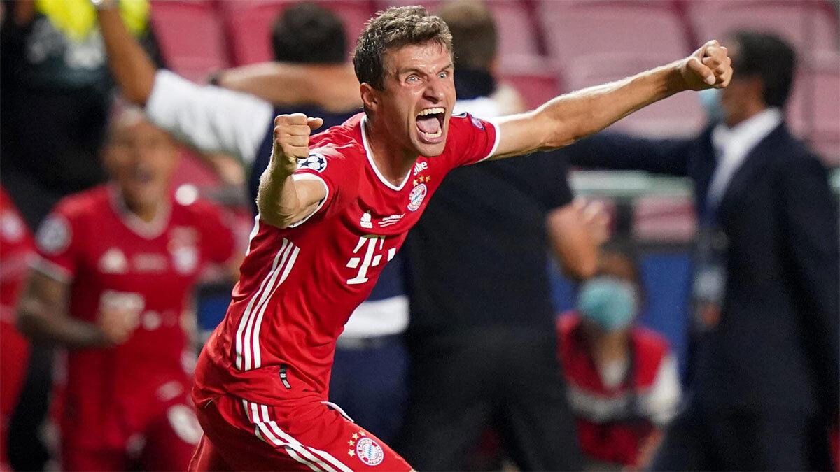 Muller phấn khích khi tan trận chung kết Champions League trên sân Da Luz, Lisbon hôm 23/8. Ảnh: imago