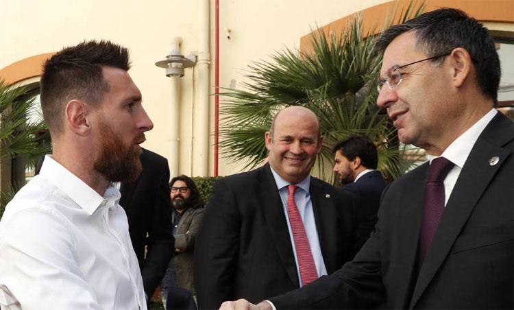 Bartomeu bị cáo buộc chi hơn một triệu USD từ ngân sách CLB, thuê một công ty truyền thông để nói xấu chính dàn cầu thủ trụ cột như Messi, Pique, Suarez. Ảnh: Marca.