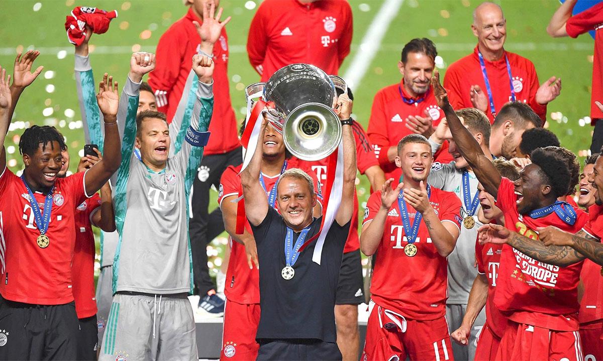 Flick đi từ vô danh đến vị thế nhà cầm quân được thừa nhận hàng đầu thế giới về năng lực, sau cú ăn ba cùng Bayern hôm 23/8. Ảnh: pool