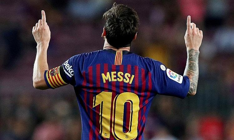 Messi là biểu tượng của Barca từ khi anh ra mắt đội một vào năm 2004. Ảnh: Reuters.