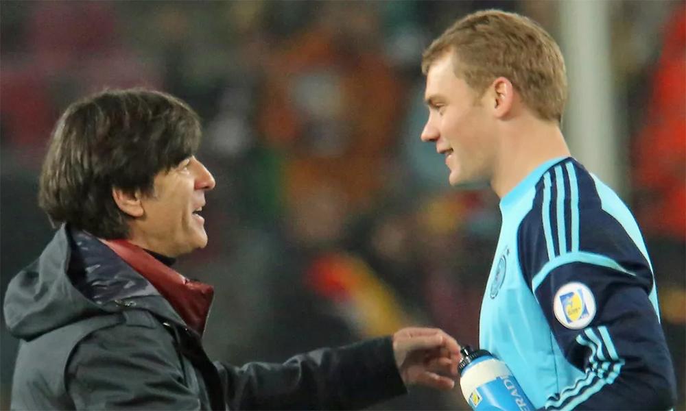 Low đánh giá cao hơn cả tài năng, độ ổn định của Neuer trong năm 2020. Ảnh: imago