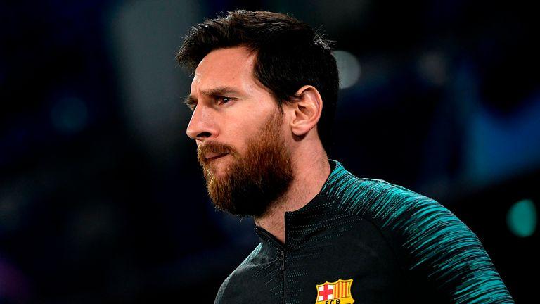 Messi tự đẩy bản thân ra xa khỏi Barca. Ảnh: Sky.