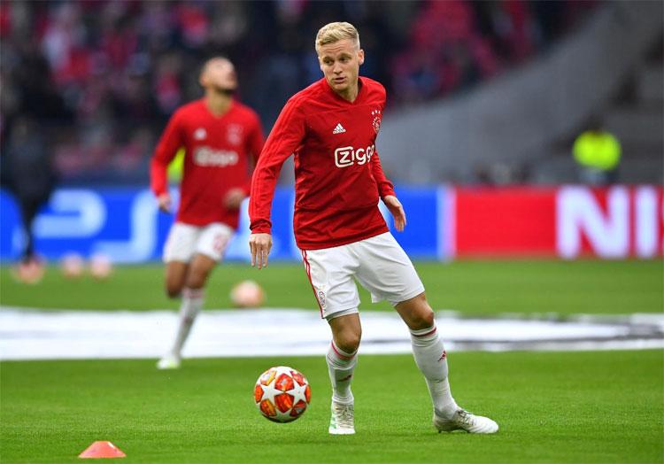 Van de Beek đã khẳng định tài năng tại Ajax, Champions League và tuyển Hà Lan. Ảnh: Reuters.
