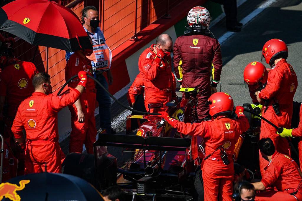 Đua trên sân nhà, nhưng Ferrari và Leclerc một lần nữa gây thất vọng. Ảnh: AP