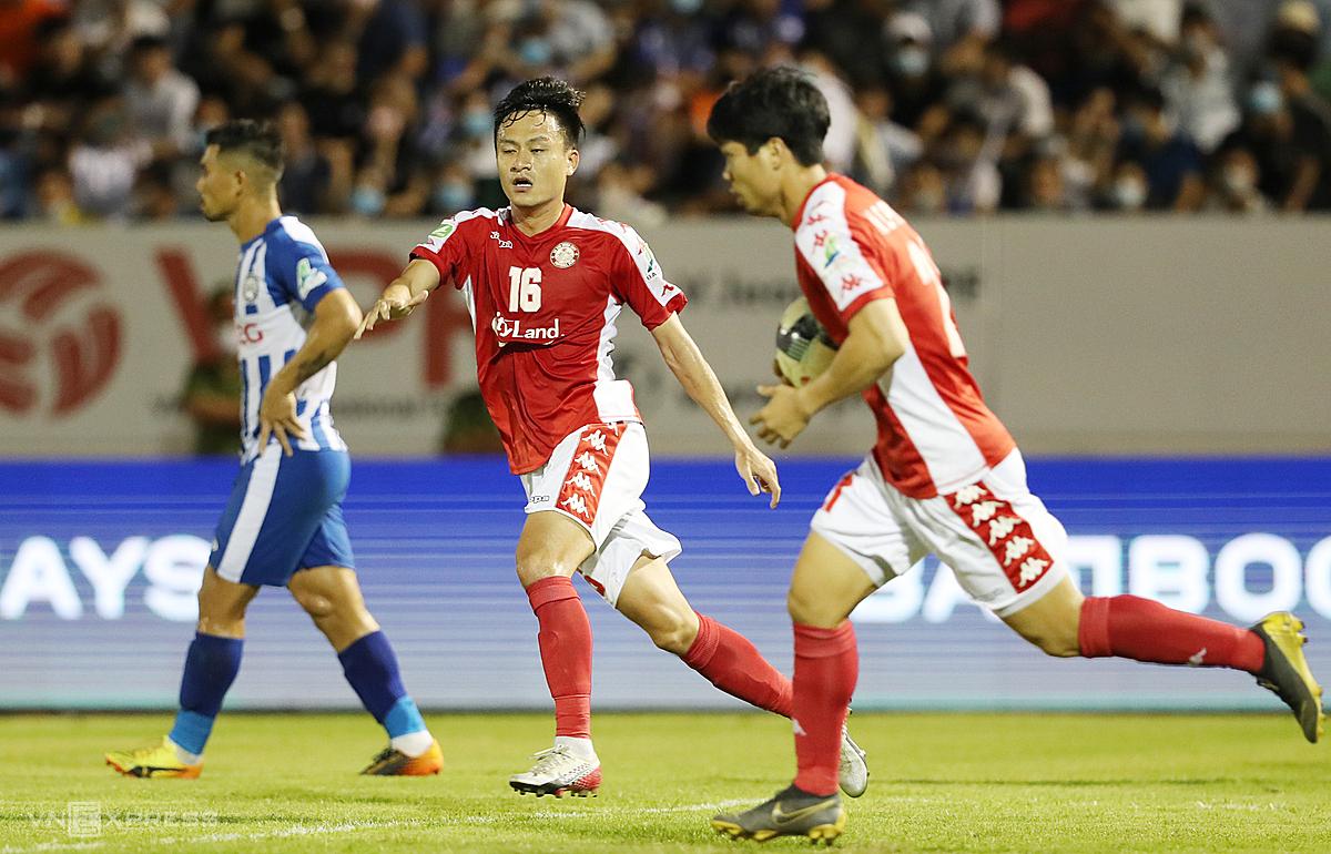 Công Phượng và Huy Toàn đều không thể thi đấu ở trận bán kết Cup Quốc gia với Hà Nội. Ảnh: Đức Đồng.