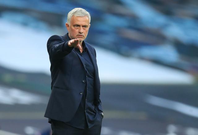 Theo nhiều chuyên gia bóng đá Anh, đối tượng bị Mourinho chê lười biếng trên hàng công Tottenham ở trận thua Everton là Dele Alli. Ảnh: Reuters.
