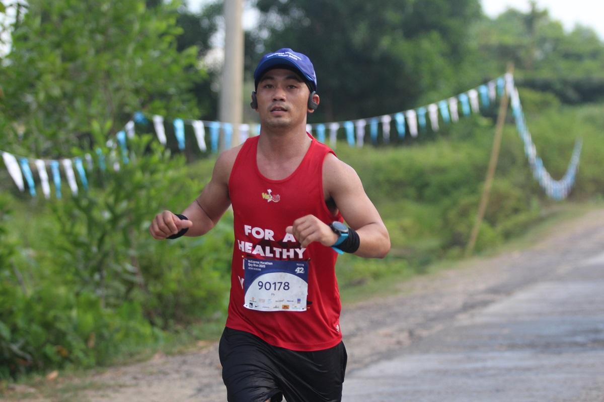 Một runner tại giải chạy VM Quy Nhơn 2020.