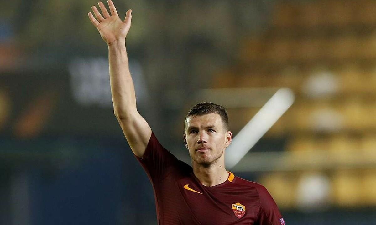 Dzeko chia tay Roma sau năm mùa giải gắn bó. Ảnh: Reuters