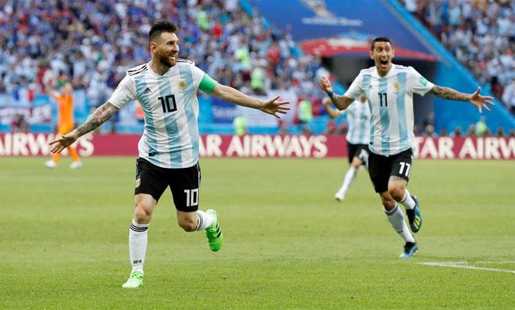 Di Maria và Messi từng sát cánh với nhau gần 100 trận ở đội tuyển Argentina. Ảnh: Reuters.