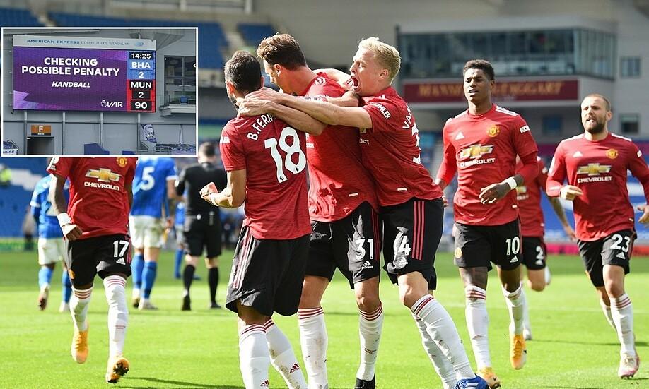 Man Utd ghi bàn quyết định, thắng Brighton 3-2 ở phút 90+10. Ảnh: Reuters