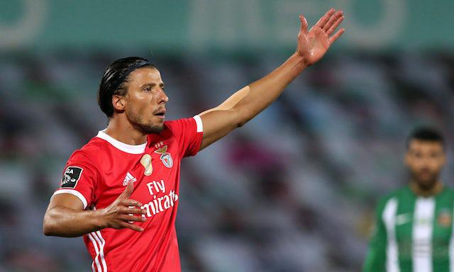 Ruben Dias, sinh năm 1997, trưởng thành từ Benfica, nổi lên từ khi đưa Bồ Đào Nha vào bán kết U19 châu Âu 2016. Ảnh: Reuters.