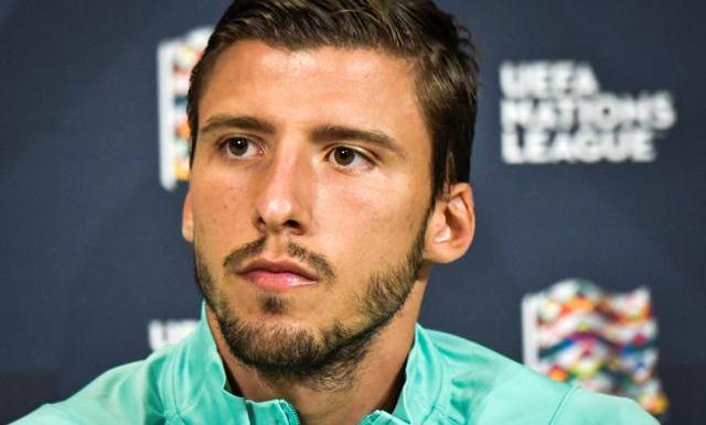 Dias là trụ cột của Benfica và tuyển Bồ Đào Nha, nơi anh chơi 19 trận từ năm 2018. Ảnh: Reuters.