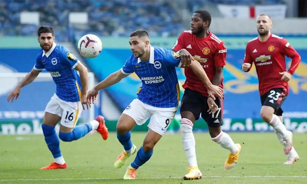 Man Utd (áo đỏ) chật vật thắng Brighton 3-2 cuối tuần trước ở Ngoại hạng Anh. Ảnh: Reuters.