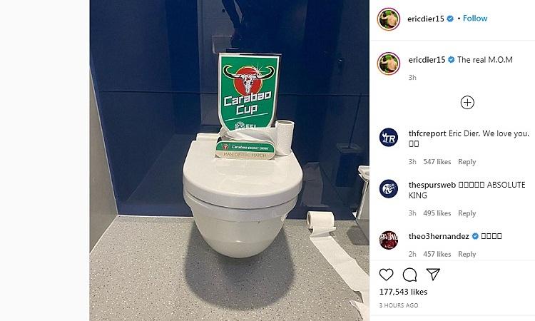 Dier trao giải Cầu thủ hay nhất trận cho chiếc bồn vệ sinh. Ảnh: Instagram.
