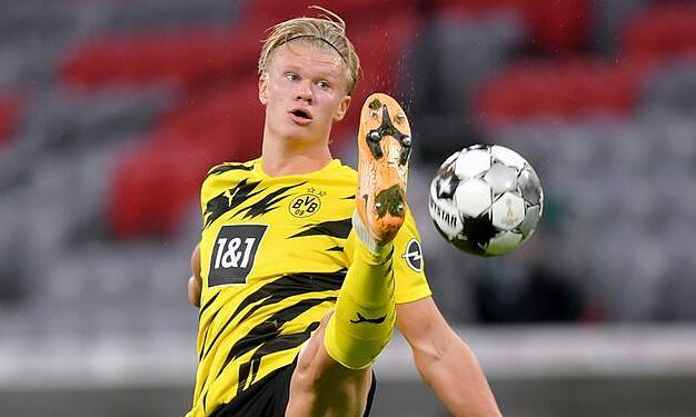 Haaland ghi bốn bàn, kiến tạo một bàn qua ba trận Bundesliga mùa này. Ảnh: dpa