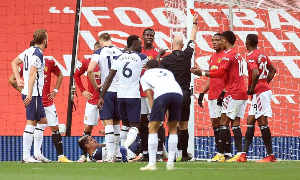 Martial bị thẻ đỏ khi trận đấu chưa trôi qua được một phần ba thời gian. Ảnh: AFP.