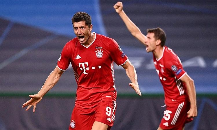 Lewandowski là vua phá lưới ở cả ba đấu trường Bayern tham dự mùa trước. Ảnh: Reuters.