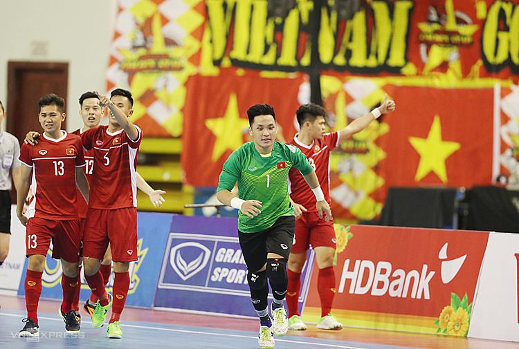 Việt Nam lần đầu tiên thắng Australia ở cấp độ futsal. Ảnh: Đức Đồng.