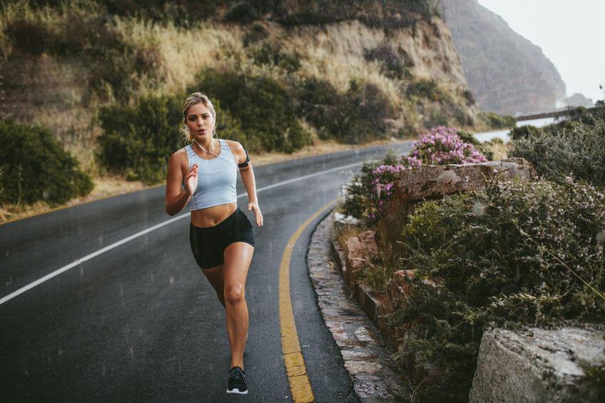 Chấn thương khi chạy bộ là điều không thể tránh khỏi, bạn lắng nghe cơ thể để điều chỉnh chế độ tập luyện, dinh dưỡng.
