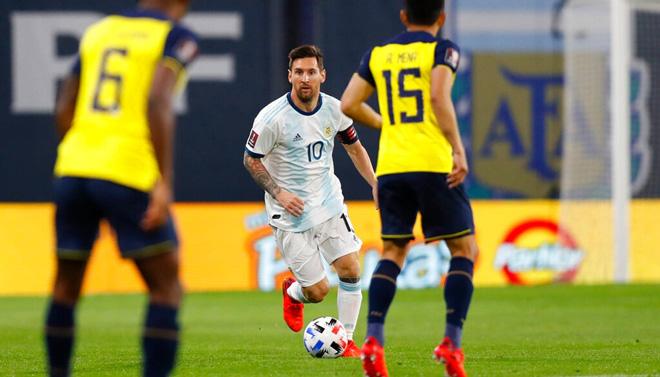 Ecuador gây khó khăn rất nhiều cho Argentina bằng lối chơi phòng ngự quyết liệt.