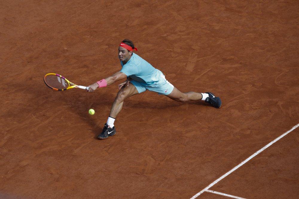 Nadal tận dụng thành công sáu trong chín break-point. Ảnh: AP.