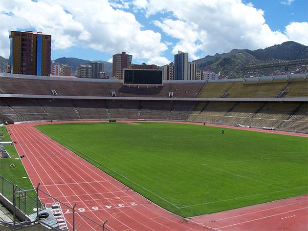 Với cao độ hơn 3.640 mét so với mực nước biển, Hernando Siles là một trong những sân bóng cao nhất thế giới.