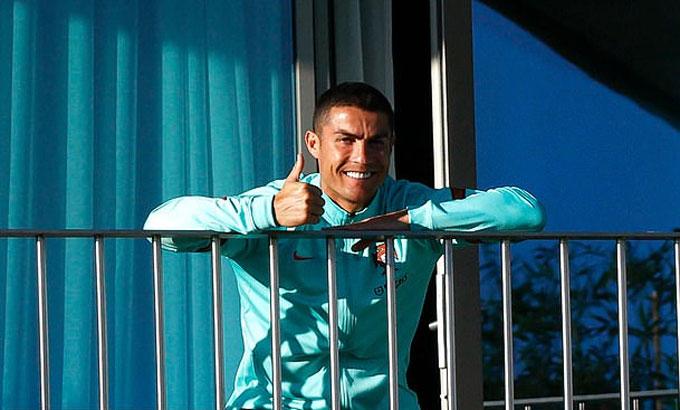 Ronaldo cách ly tại phòng riêng trong trung tâm huấn luyện tuyển Bồ Đào Nha. Ảnh: PF.