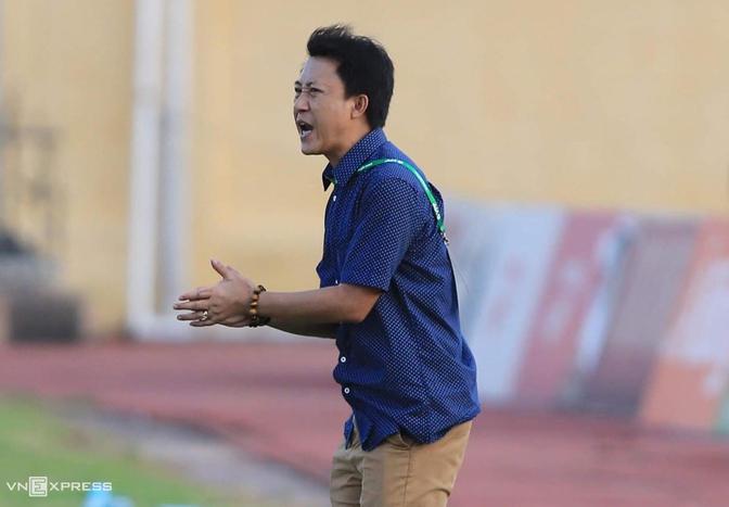 HLV Nguyễn Thành Công cho biết Quảng Nam vẫn còn hi vọng trụ hạng.