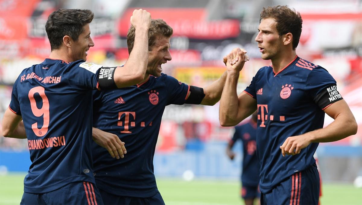 Dưới thời Flick, Bayern lại là một tập thể đoàn kết, vì mục tiêu chung - điều ít nhiều bị sứt mẻ trong giai đoạn cuối triều đại Niko Kovac. Ảnh: imago.