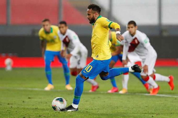 Neymar đã ghi 64 bàn cho Brazil, chỉ kém kỷ lục 77 bàn của Pele. Ảnh: Reuters.
