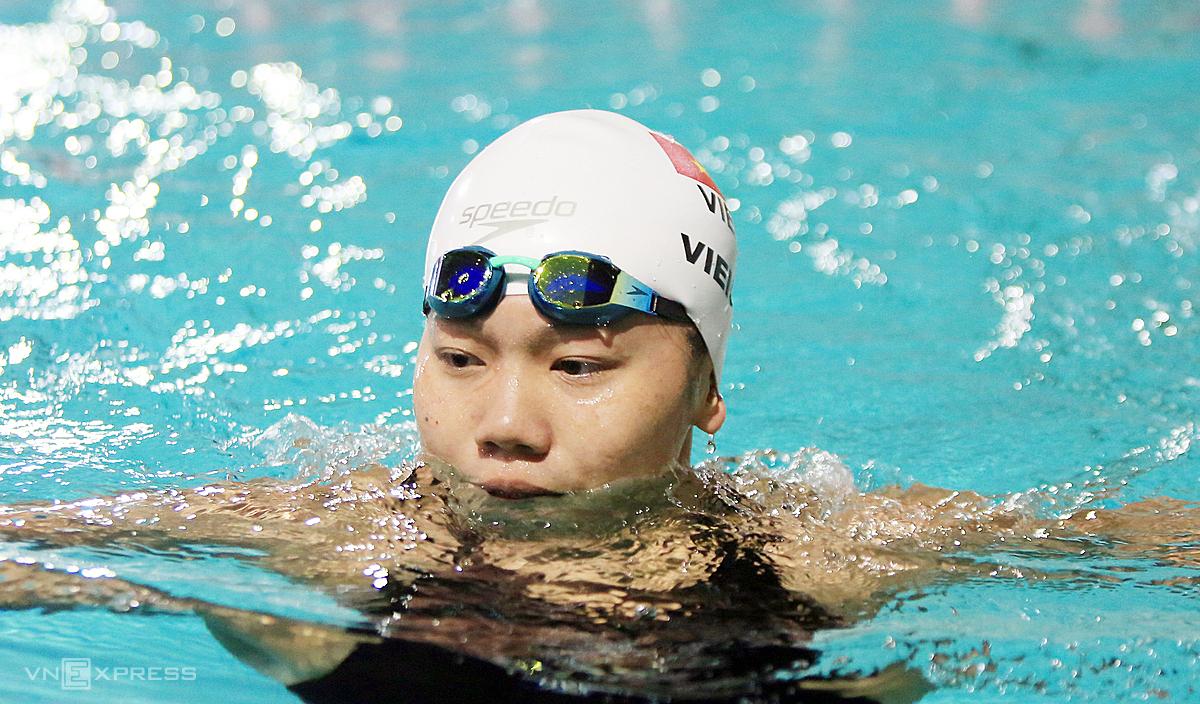 Ánh Viên thi đấu không thành công ở nội dung 100m bướm. Ảnh: Đông Huyền.