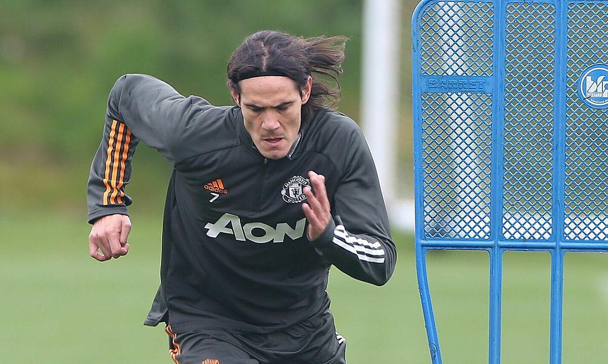 Cavani mới tập một buổi cùng toàn đội Man Utd, nên không đến Paris thi đấu. Ảnh: MUFC