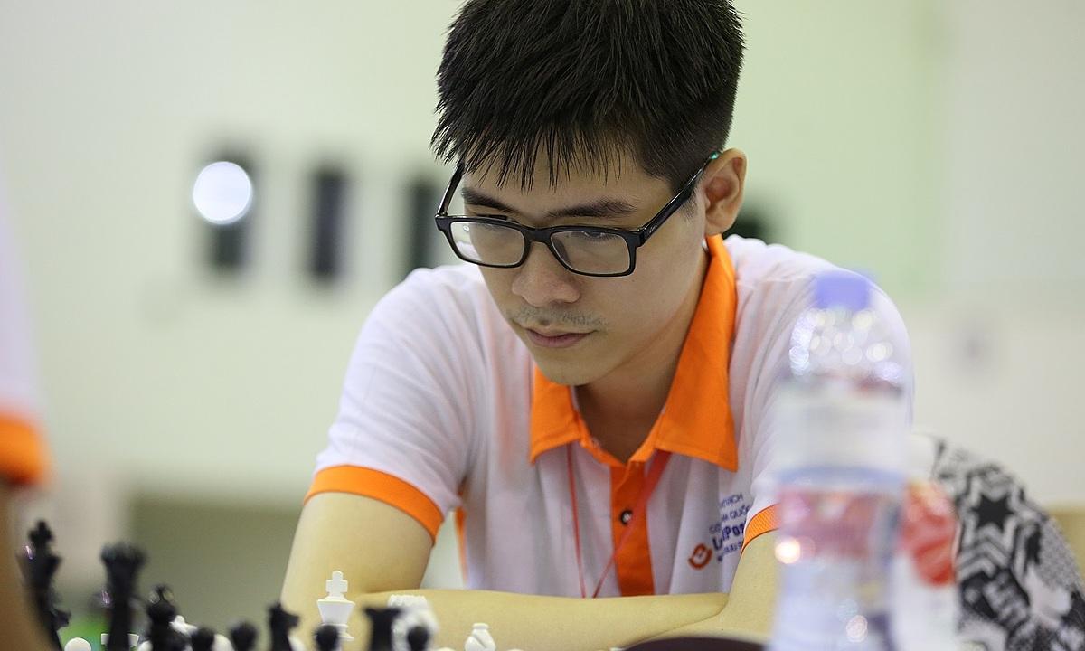 Lê Tuấn Minh vừa lần đầu vô địch Việt Nam, và thường đứng trong top 20 cờ chớp trên nền tảng Chess.com. Ảnh: HXB