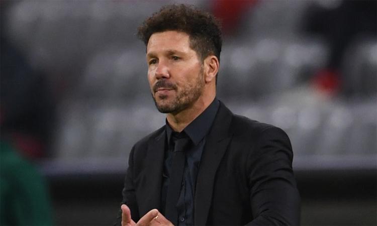 Simeone thừa nhận Bayern quá mạnh so với Atletico. Ảnh: AFP.