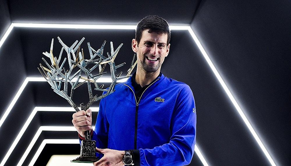 Djokovic giữ kỷ lục năm lần vô địch Paris Masters. Ảnh: ESPN.