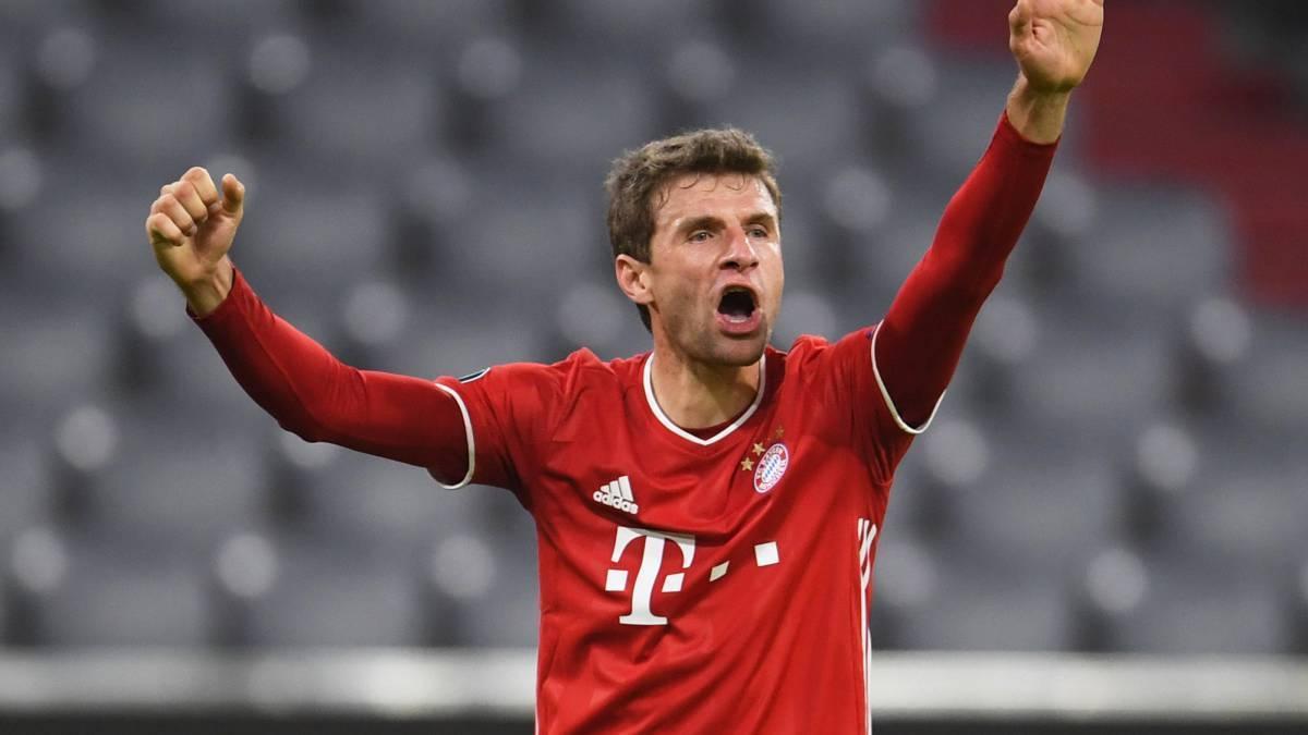 Muller góp mặt trong 83 phút, trước khi được thay thế bởi Alphonso Davies khi trận đấu đã an bài. Ảnh: Sportsfinding.