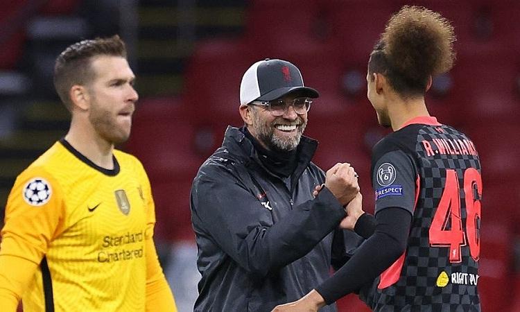 Klopp hài lòng với màn trình diễn thiếu thuyết phục của Liverpool. Ảnh: AP.