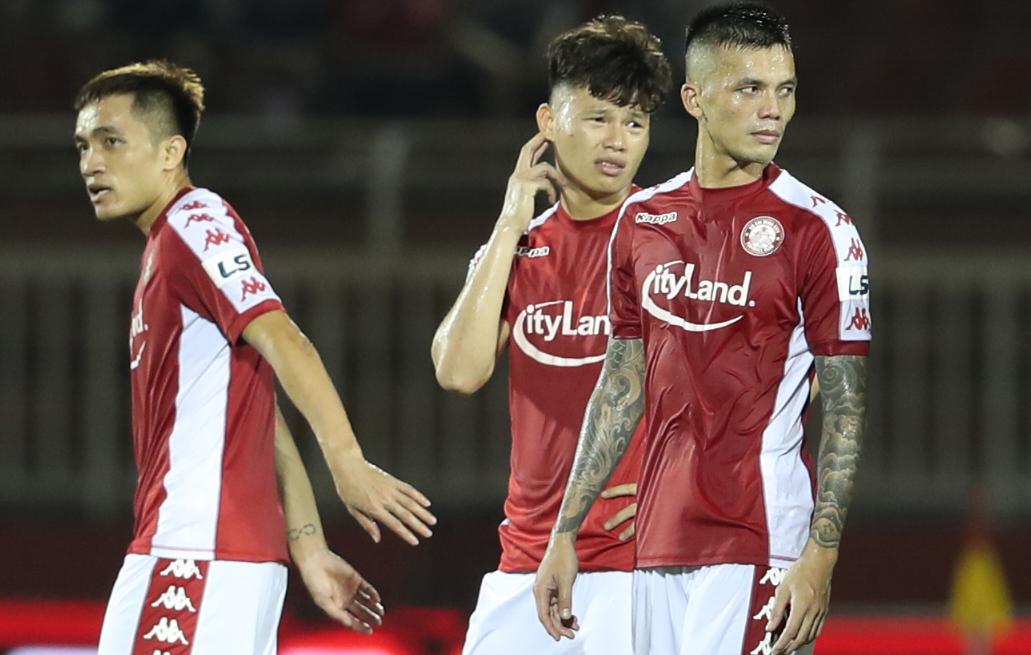 Năm trận liền không thắng, thua bốn và hoà một, CLB TP HCM trắng tay ở V-League 2020.