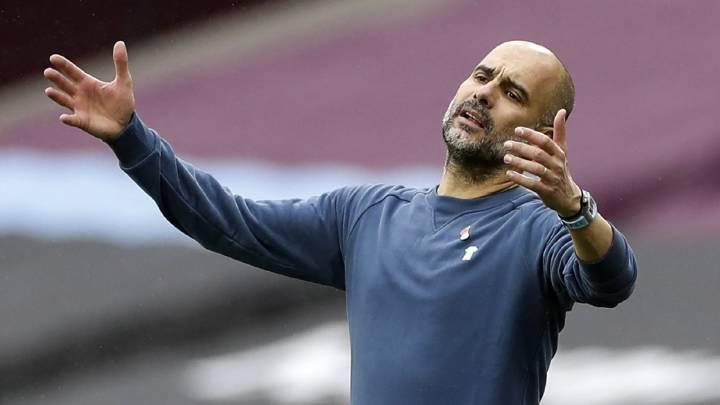 Guardiola đang chịu nhiều sức ép khi Man City đứng thứ 13 tại Ngoại hạng Anh. Ảnh: EFE.